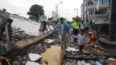 terremoto-en-ecuador-2189282h540