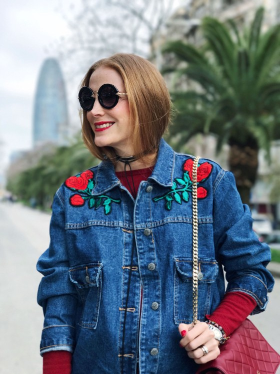 chaqueta denim con parches de OVS