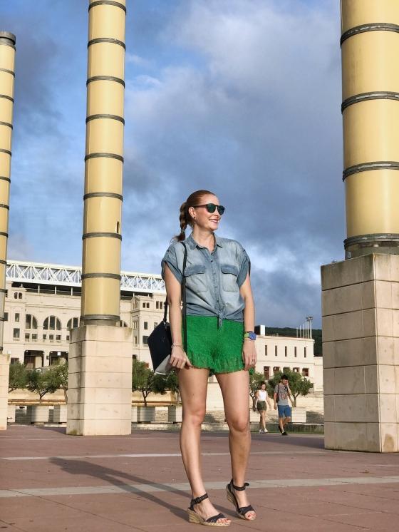 Camisa-jean-y-short-con-encaje-verde