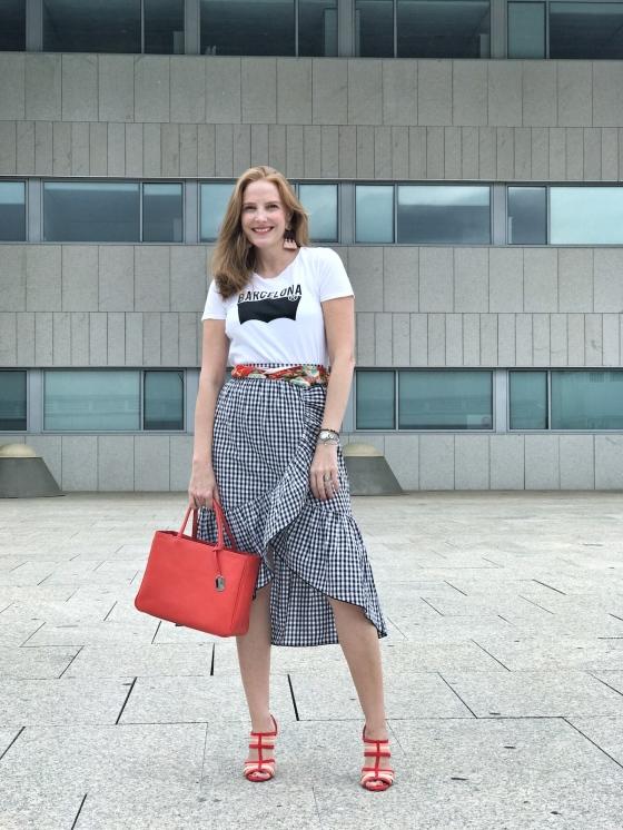 Gingham-skirt-look