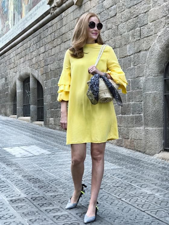 Look-con-vestido-amarillo