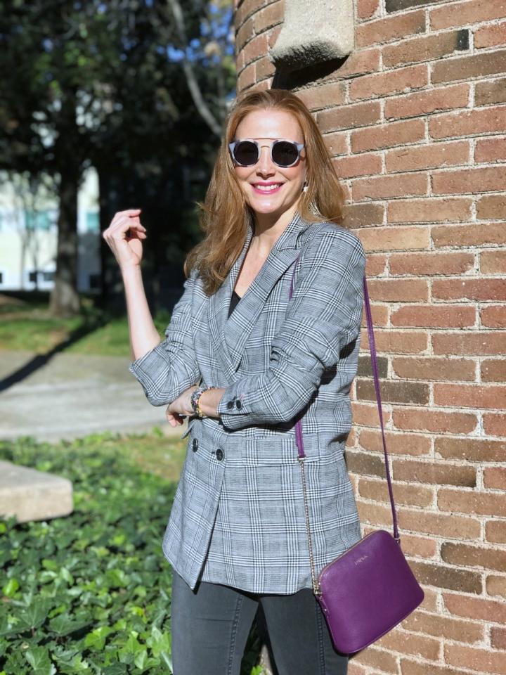 Look-casual-con-blazer-cuadros