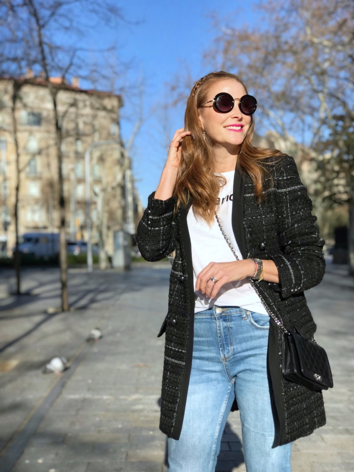 Look-con-chaqueta-Tweed-negra