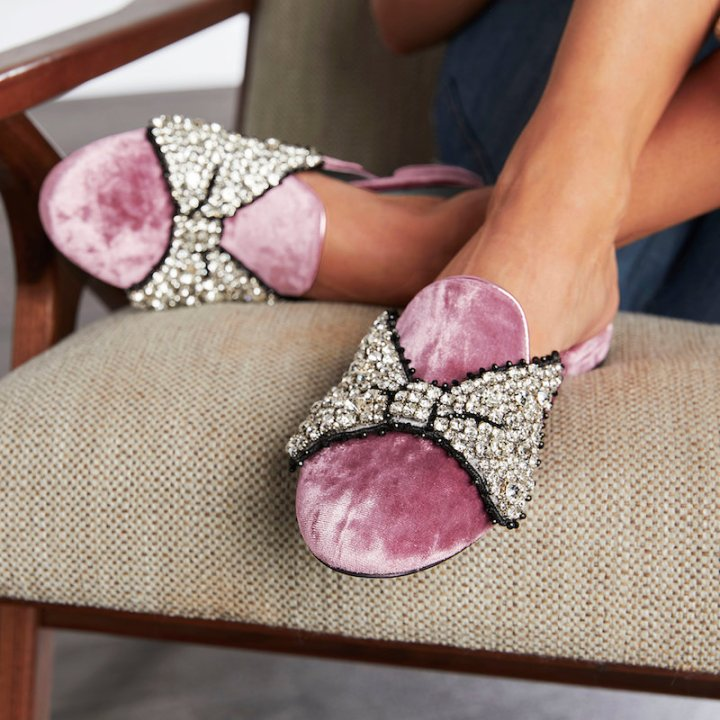 Chiara-Ferragni-Minnie-Mouse-Bow-Mules