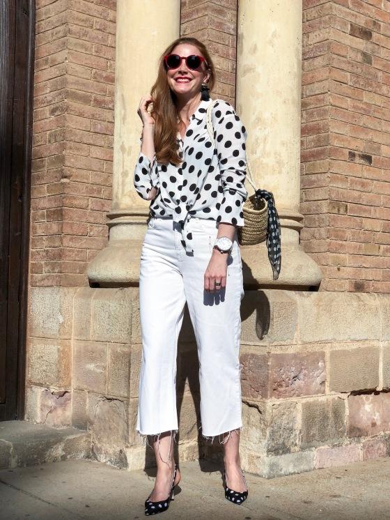Culotte-blanco-y-blusa-lunares