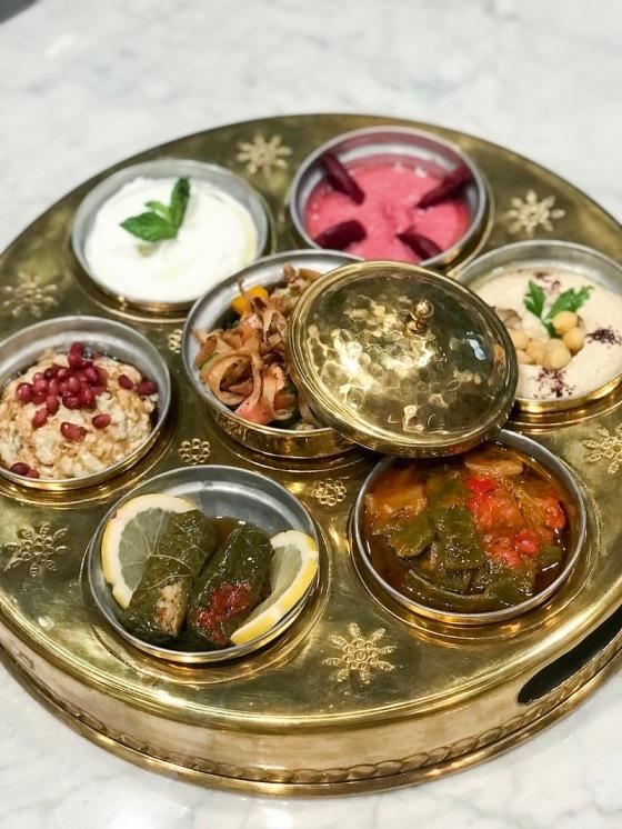 Mozat-desgustación-entrantes-comida-libanesa-barcelona