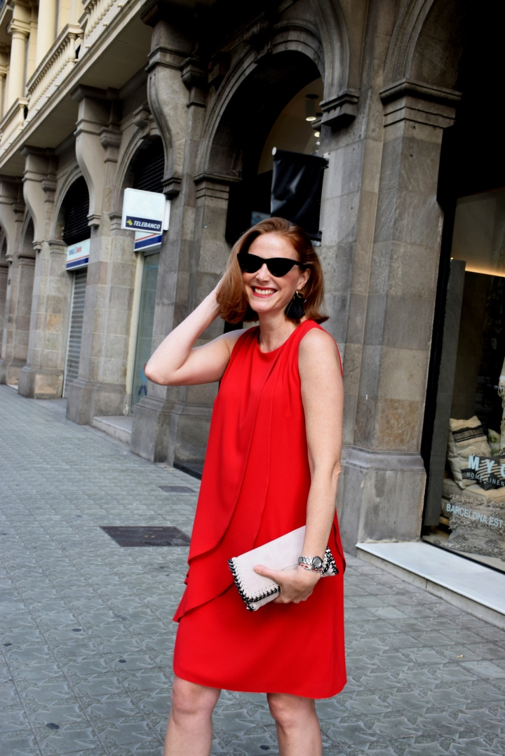 Anna-Mora-Brunella-red-dress