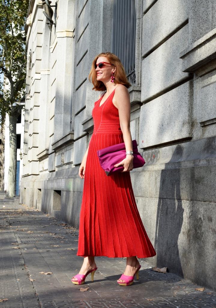 vestido-rojo-y-rosa