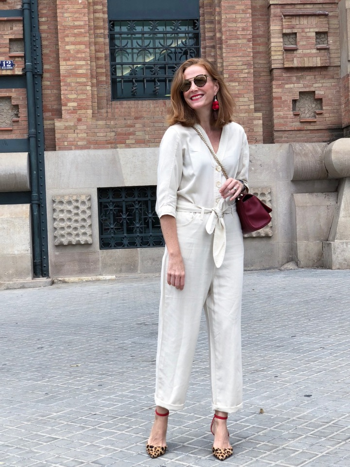 white-jumpsuit-look